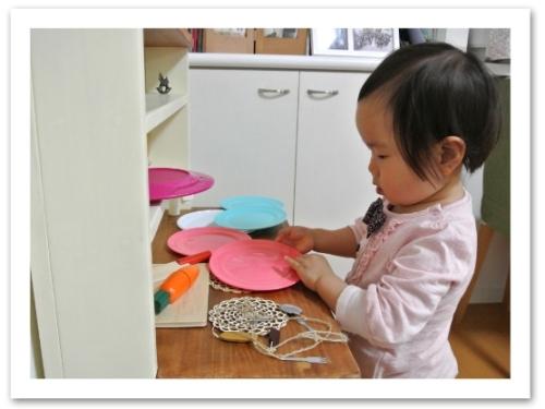 20120506ままごとキッチン_食器など003.jpg