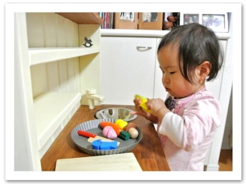 20120509ままごとキッチン_食器など003.jpg