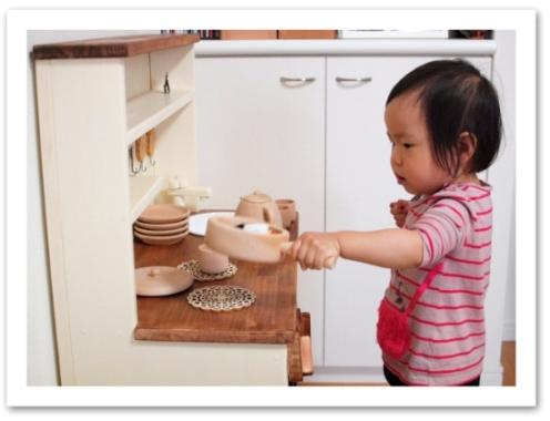 20120509ままごとキッチン_食器など005.jpg